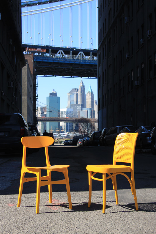 An Image of 2 Street Seats in DUMBO, New York
